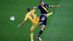 Сборная Украины в упорной борьбе одолела сборную Швеции
