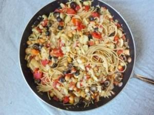 Спагетти Путанеска с овощами