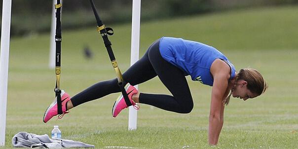 5 простых упражнений на TRX на все группы мышц